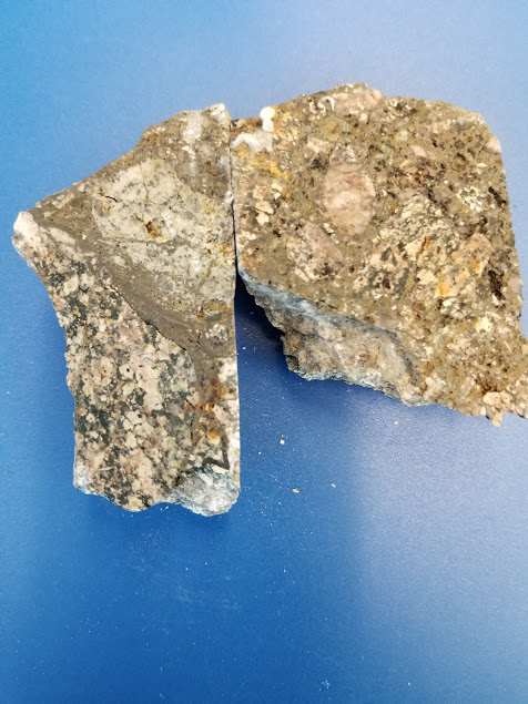 Gold .405 Grams AU and Silver 401.00 Grams AG